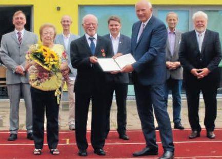 Verleihung Verdienstkreuz am Bande Uli Brinkmann